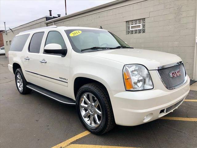 2014 GMC Yukon XL for sale at Richardson Sales & Service in Highland IN