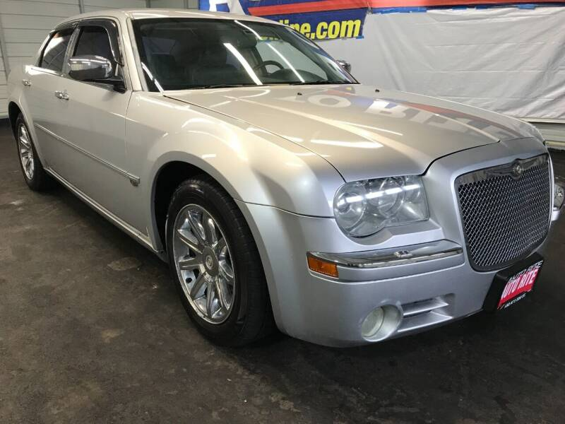 2005 Chrysler 300 for sale at Auto Rite in Cleveland OH