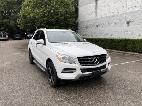 2015 Mercedes-Benz M-Class for sale at Select Auto in Smithtown NY