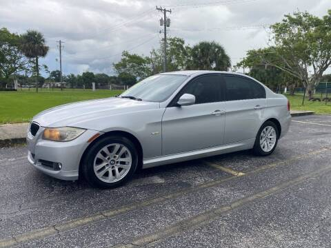 2011 BMW 3 Series for sale at Lamberti Auto Collection in Plantation FL