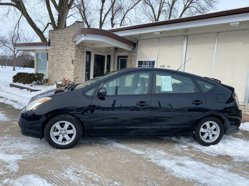 2005 Toyota Prius for sale in Austin, MN