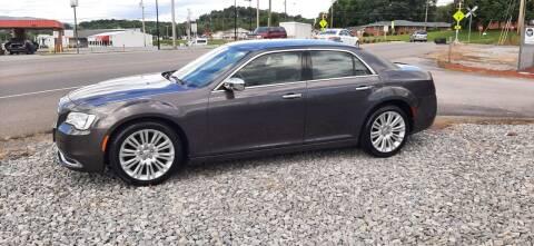 2015 Chrysler 300 for sale at Green Tree Motors in Elizabethton TN