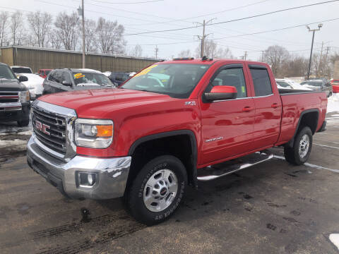 2015 GMC Sierra 2500HD for sale at Smart Buy Auto in Bradley IL