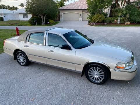 2003 Lincoln Town Car for sale at Exceed Auto Brokers in Lighthouse Point FL