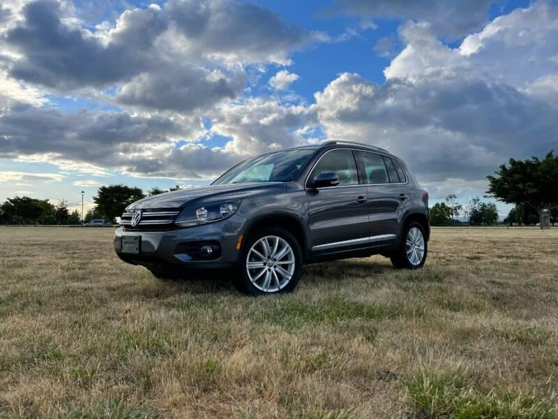 2012 Volkswagen Tiguan for sale at Accolade Auto in Hillsboro OR