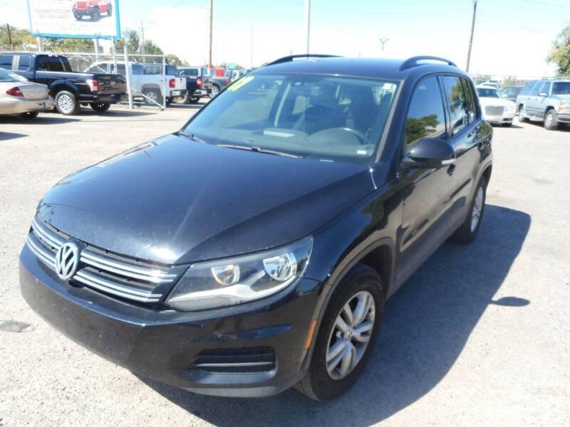 2017 Volkswagen Tiguan for sale at AUGE'S SALES AND SERVICE in Belen NM
