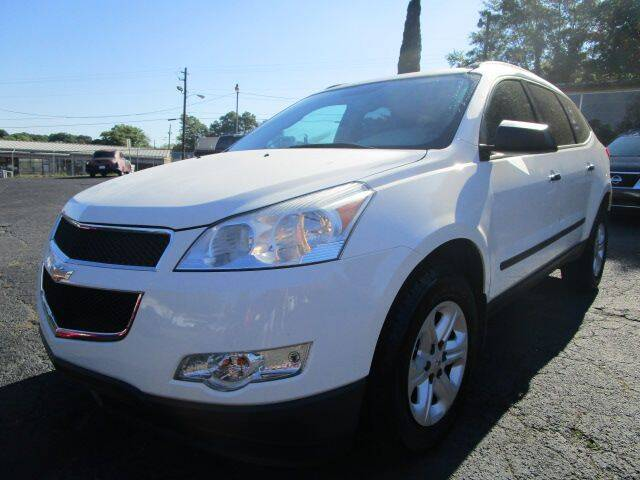 2011 Chevrolet Traverse for sale at Lewis Page Auto Brokers in Gainesville GA