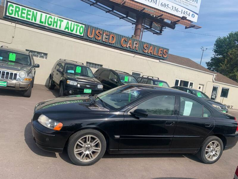 2006 Volvo S60 for sale at Green Light Auto in Sioux Falls SD