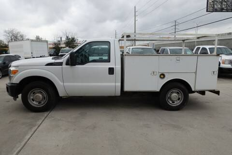 2013 Ford F-250 Super Duty for sale at Universal Credit in Houston TX