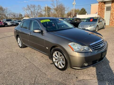 2006 Infiniti M35 for sale at River Motors in Portage WI