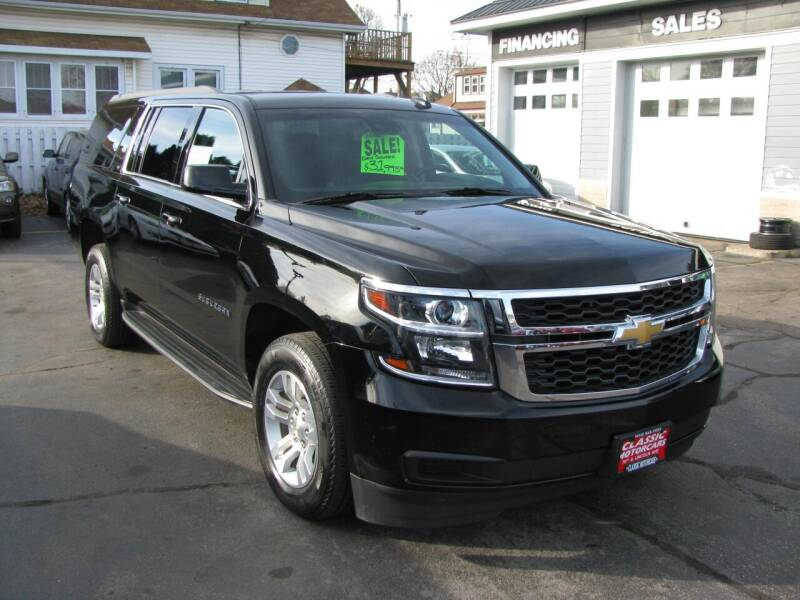 2018 Chevrolet Suburban for sale at CLASSIC MOTOR CARS in West Allis WI