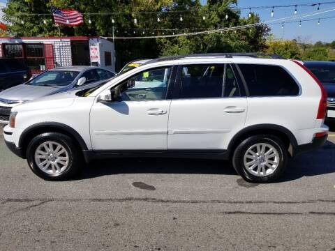 2008 Volvo XC90 for sale at Howe's Auto Sales in Lowell MA