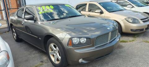 2010 Dodge Charger for sale at Double Take Auto Sales LLC in Dayton OH