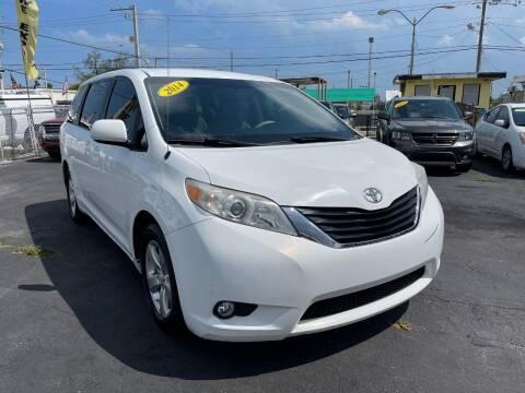 2014 Toyota Sienna for sale at MIAMI AUTO LIQUIDATORS in Miami FL
