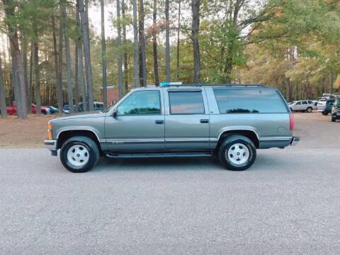 1999 Chevrolet Suburban for sale at H&C Auto in Oilville VA