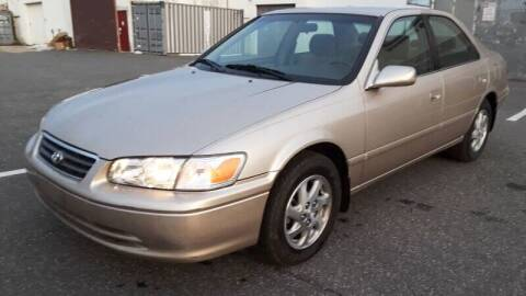 2000 Toyota Camry for sale at Autos Under 5000 + JR Transporting in Island Park NY
