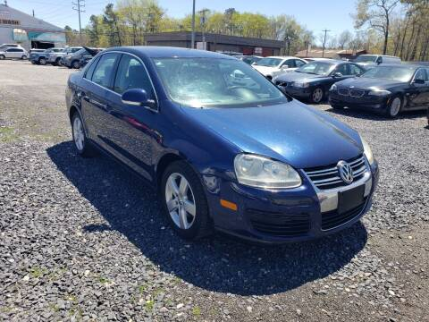 2006 Volkswagen Jetta for sale at CRS 1 LLC in Lakewood NJ