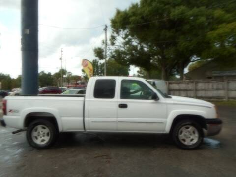 2004 Chevrolet Silverado 1500 for sale at Florida Suncoast Auto Brokers in Palm Harbor FL