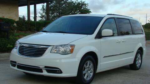 2011 Chrysler Town and Country for sale at Red Rock Auto LLC in Oklahoma City OK