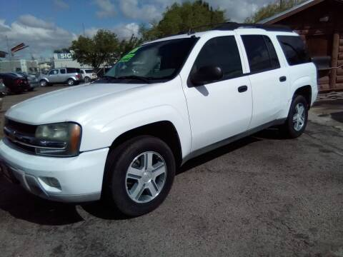 2006 Chevrolet TrailBlazer EXT for sale at Larry's Auto Sales Inc. in Fresno CA