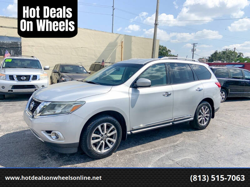 2013 Nissan Pathfinder for sale at Hot Deals On Wheels in Tampa FL
