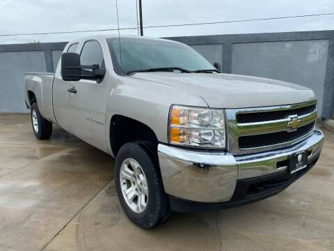 2009 Chevrolet Silverado 1500 for sale at A & V MOTORS in Hidalgo TX