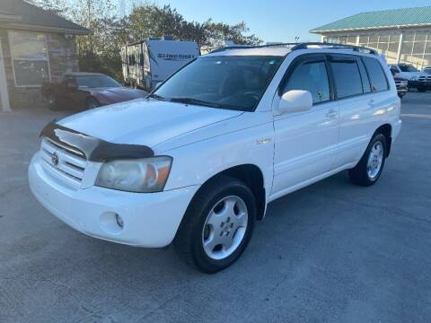 2005 Toyota Highlander for sale at Autoway Auto Center in Sevierville TN