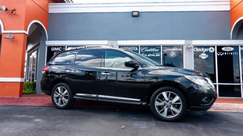 2013 Nissan Pathfinder for sale at Car Depot in Miramar FL