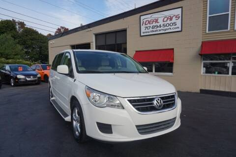 2010 Volkswagen Routan for sale at I-Deal Cars LLC in York PA