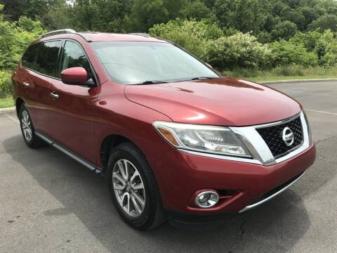2013 Nissan Pathfinder for sale at J & D Auto Sales in Dalton GA