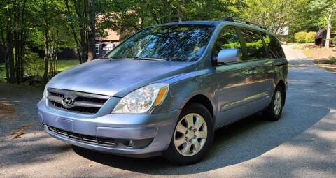 2008 Hyundai Entourage for sale at JR AUTO SALES in Candia NH
