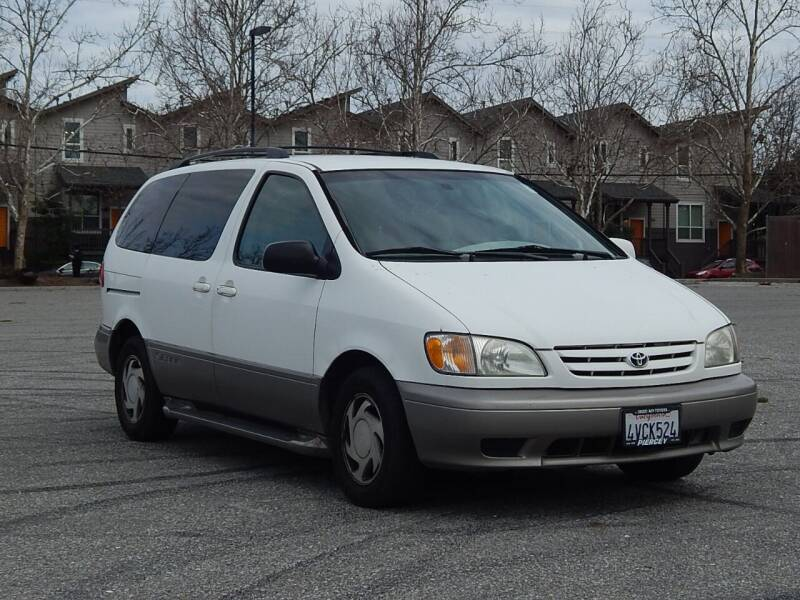 2002 Toyota Sienna for sale at Crow`s Auto Sales in San Jose CA