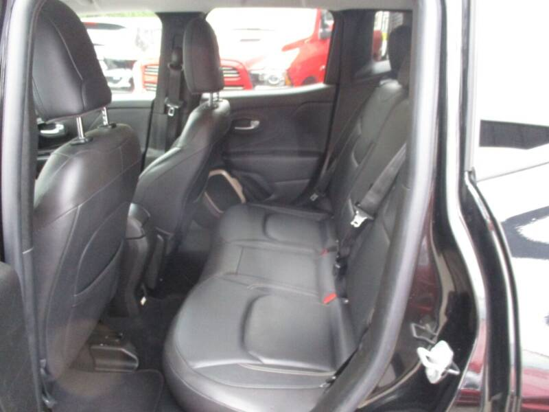 2016 Jeep Renegade 4x4 Limited 4dr SUV - Newark NJ