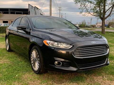 2013 Ford Fusion for sale at Essen Motor Company, Inc in Lebanon TN