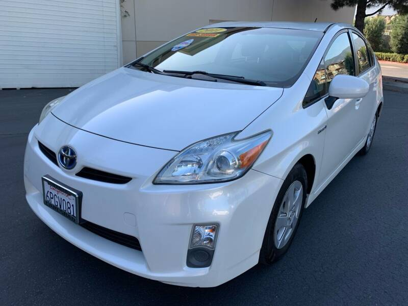 2011 Toyota Prius for sale at Select Auto Wholesales in Glendora CA