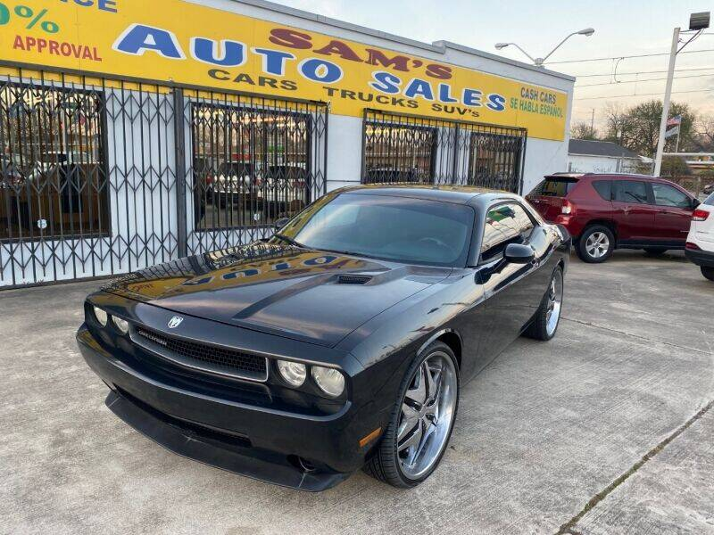 2009 Dodge Challenger for sale at Sam's Auto Sales in Houston TX