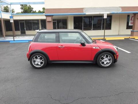 2005 MINI Cooper for sale at 2020 AUTO LLC in Clearwater FL