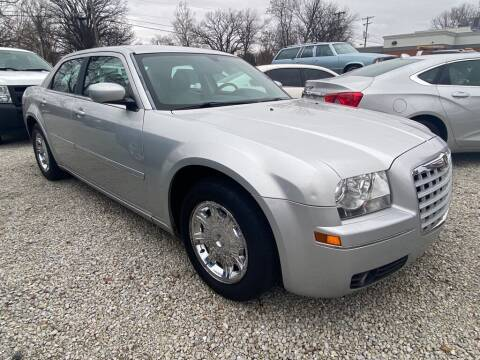 2005 Chrysler 300 for sale at Claborn Motors, LLC. in Cambridge City IN