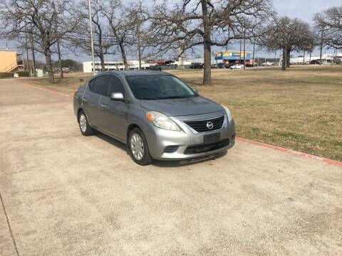 2014 Nissan Versa for sale at RP AUTO SALES & LEASING in Arlington TX