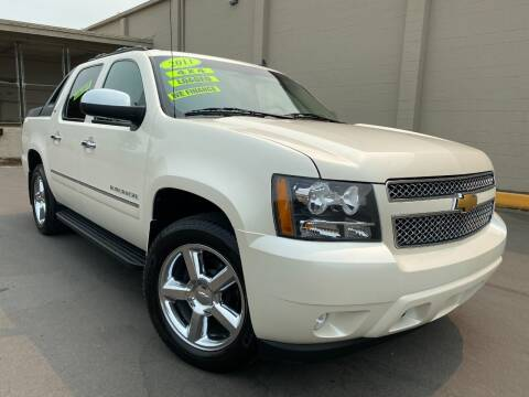 2011 Chevrolet Avalanche for sale at Xtreme Truck Sales in Woodburn OR