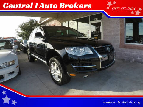 2008 Volkswagen Touareg 2 for sale at Central 1 Auto Brokers in Virginia Beach VA