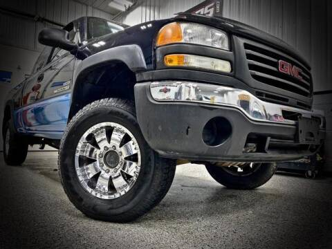 2006 GMC Sierra 2500HD for sale at Carder Motors Inc in Bridgeport WV