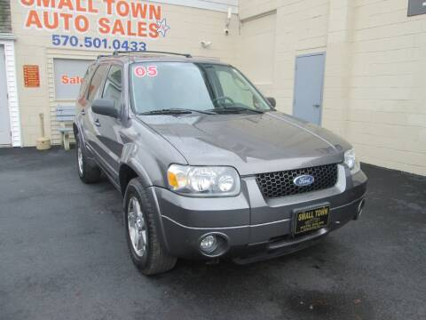 2005 Ford Escape for sale at Small Town Auto Sales in Hazleton PA