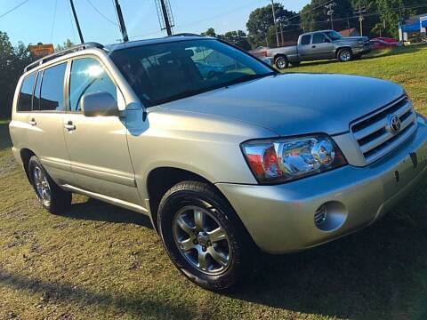 2004 Toyota Highlander for sale at Cutiva Cars in Gastonia NC