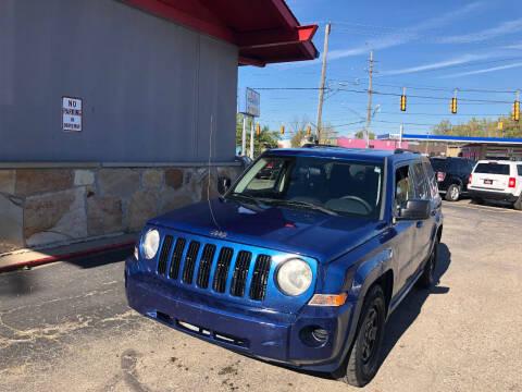 2010 Jeep Patriot for sale at Drive Max Auto Sales in Warren MI