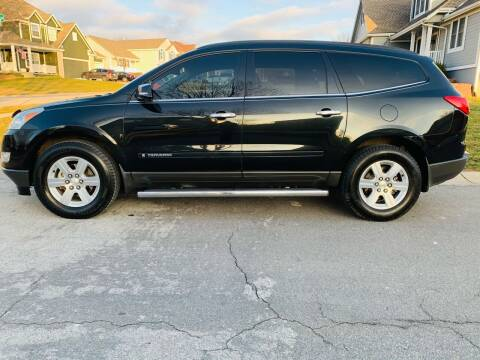 2009 Chevrolet Traverse for sale at Nice Cars in Pleasant Hill MO