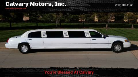 2000 Lincoln Town Car for sale at Calvary Motors, Inc. in Bixby OK