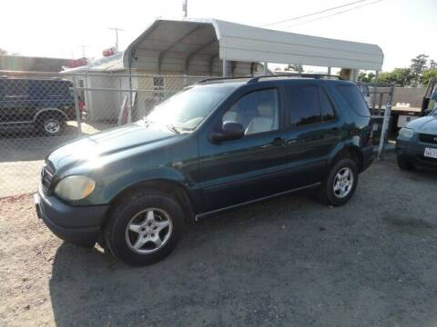 1998 Mercedes-Benz M-Class for sale at Gridley Auto Wholesale in Gridley CA