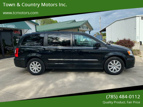 2015 Chrysler Town and Country for sale at Town & Country Motors Inc. in Meriden KS