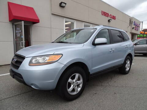 2007 Hyundai Santa Fe for sale at KING RICHARDS AUTO CENTER in East Providence RI